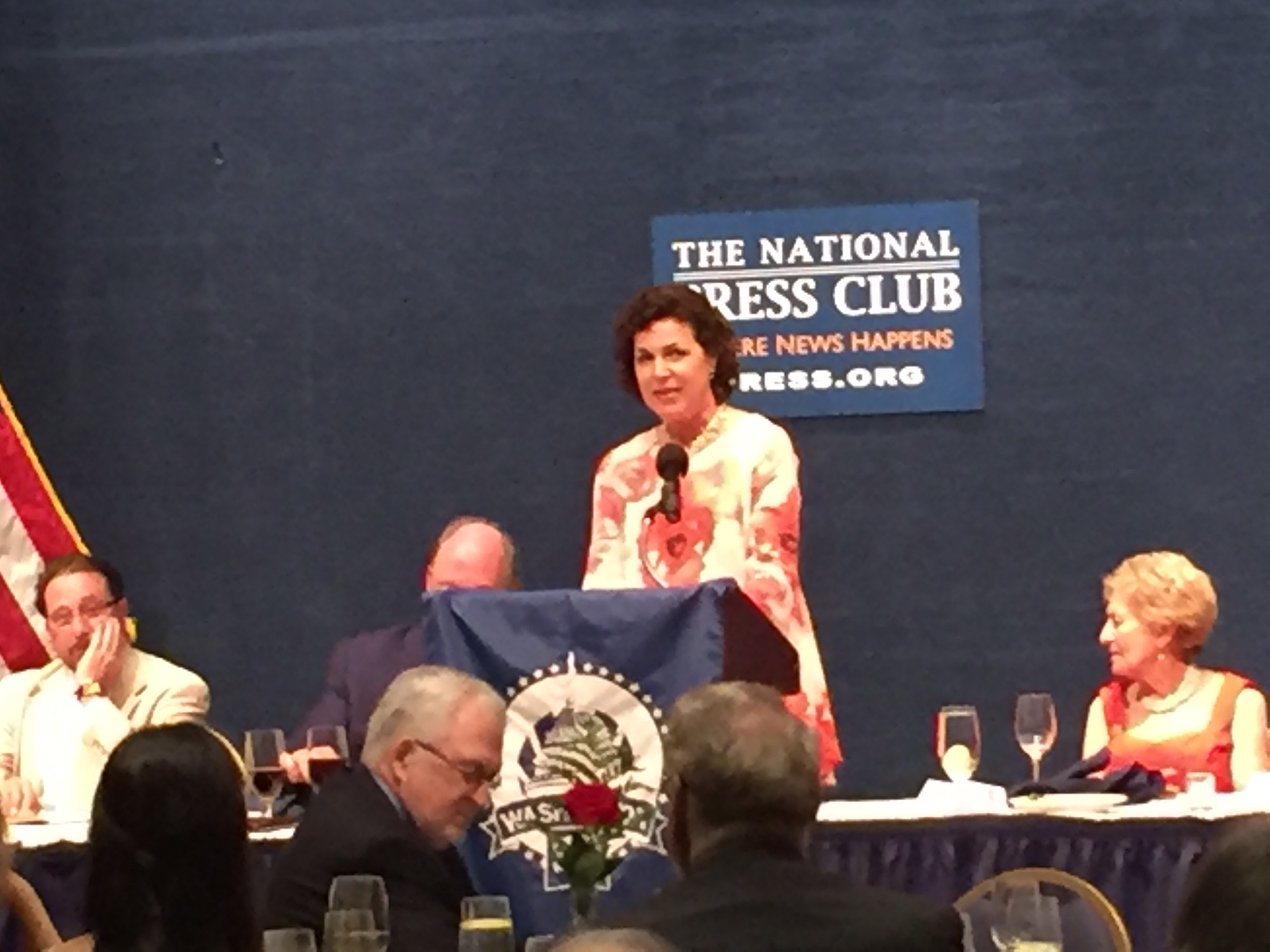 2017 Hall of Fame inductee Alexis Simendinger speaks at Dateline Awards/Hall of Fame dinner. Simendinger is White House correspondent for RealClearPolitics.com.
